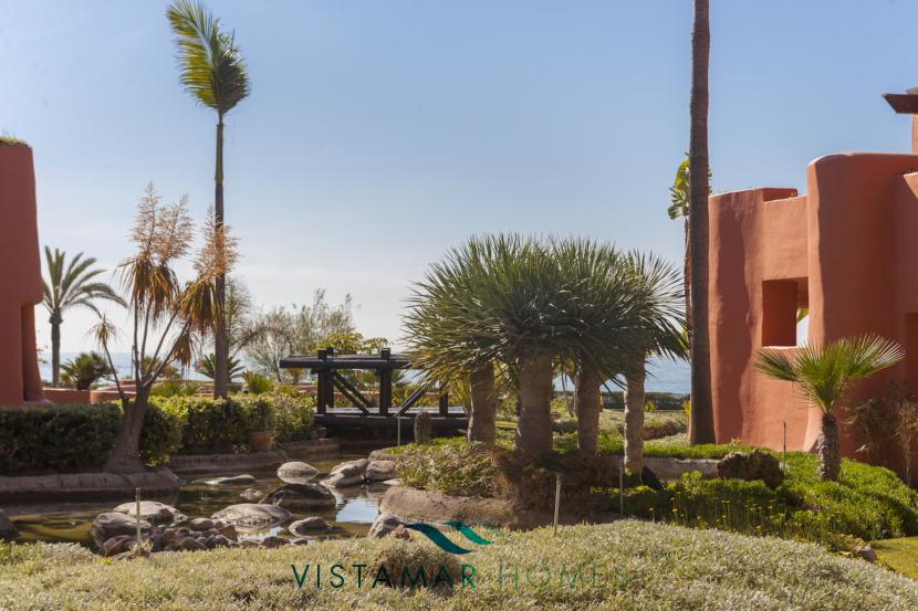 VMAP009  - New First Line Beach Development in Marbella