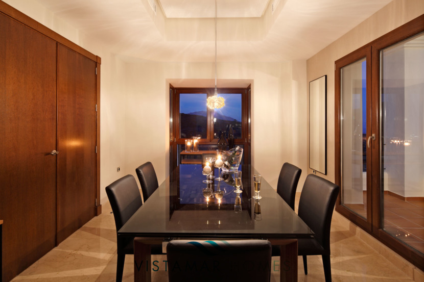 Elegant Dining room · VMV010 Exclusive Residential Homes in Benahavis