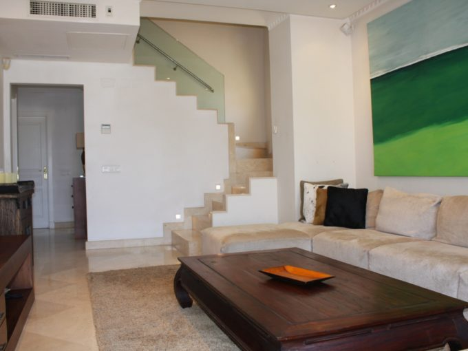 Contemporary penthouse in Nagueles, Golden Mile