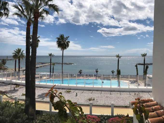 Front line beach Penthouse in Playas del Duque, Puerto Banus