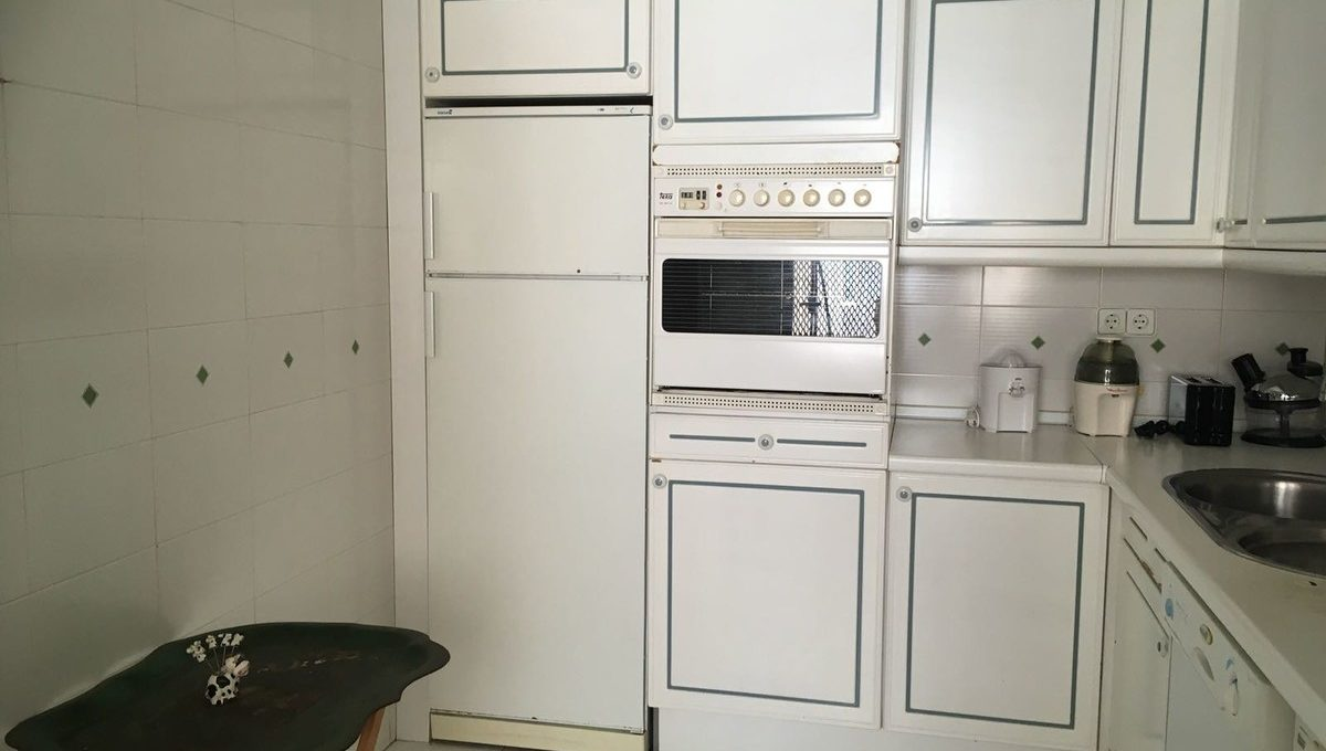 beautiful-2-bedroom-apartment-close-to-the-golden-mile-19-d0ed7da2012a09046d307c195d98e7d6