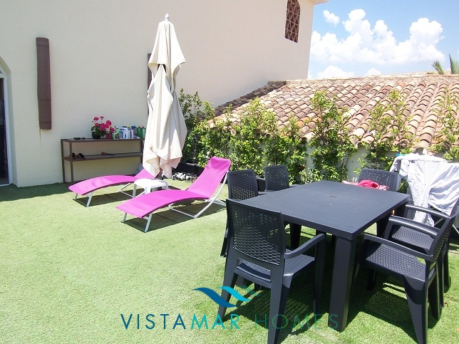 beautiful-beachside-apartment-in-bahia-de-marbella-img_3865