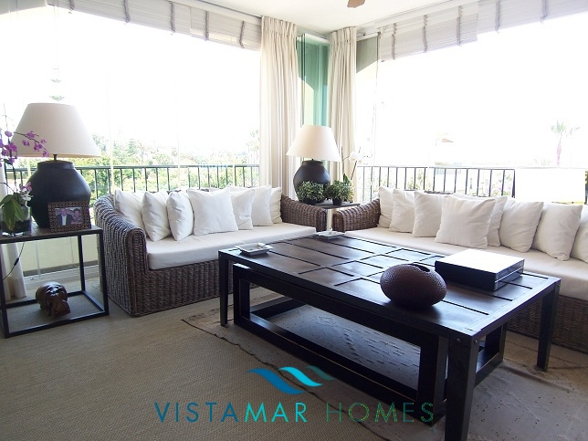 beautiful-beachside-apartment-in-bahia-de-marbella-img_3868