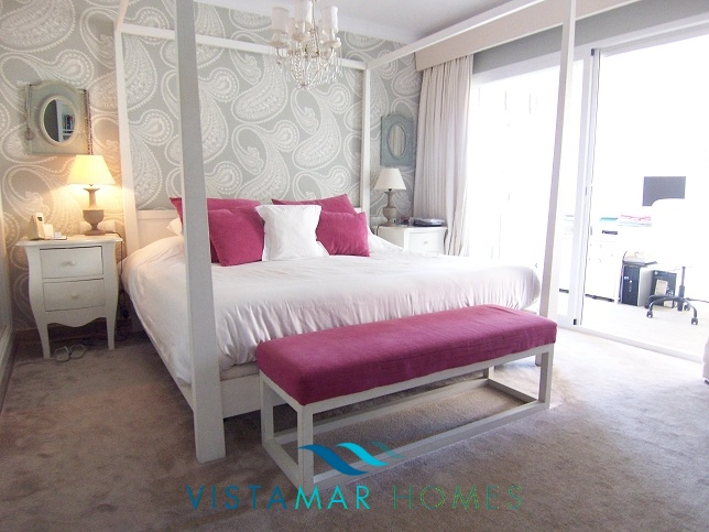beautiful-beachside-apartment-in-bahia-de-marbella-img_3873
