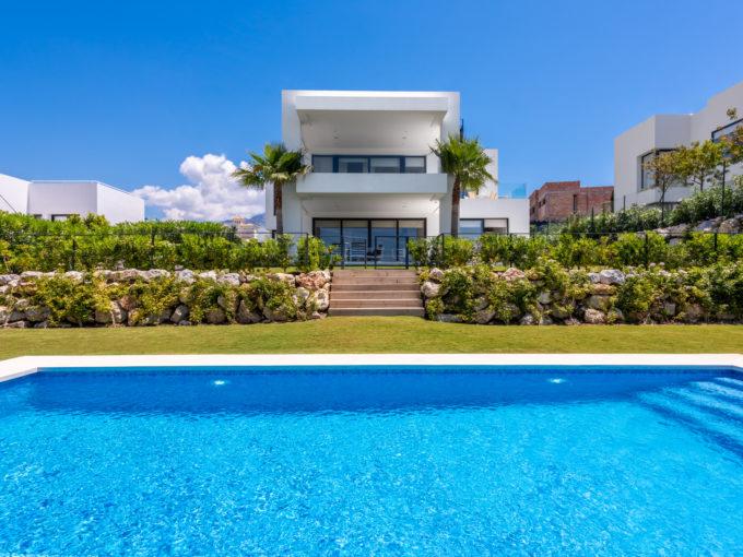 Extraordinary Villa in Los Olivos, Nueva Andalucia
