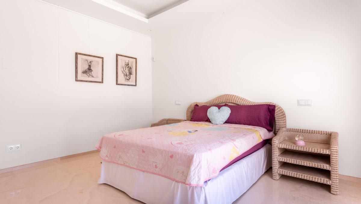 marbella-nueva-andalucia-los-olivos-extraordinary-villa-for-sale-17