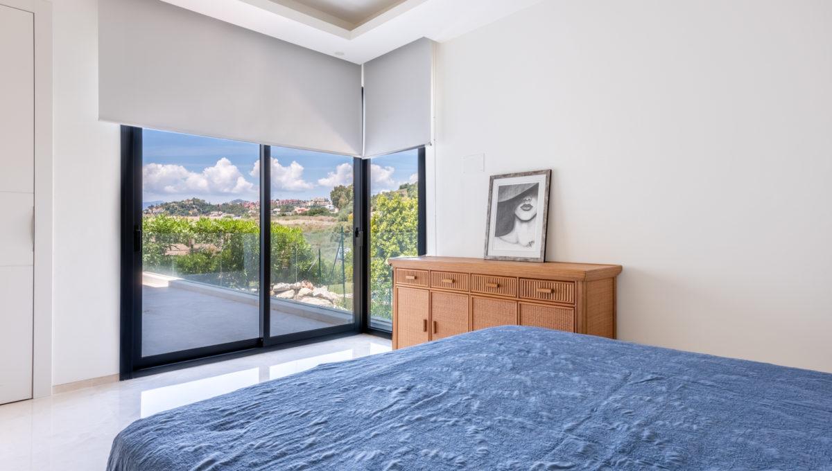 marbella-nueva-andalucia-los-olivos-extraordinary-villa-for-sale-28