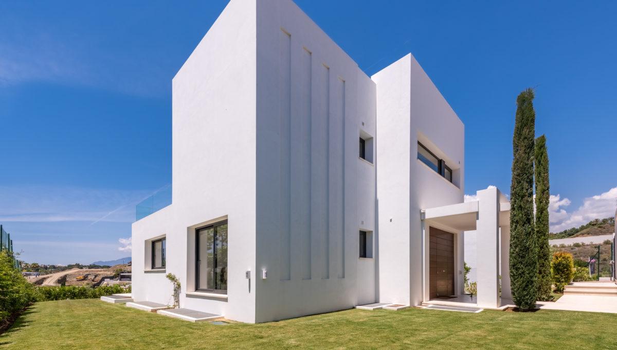 marbella-nueva-andalucia-los-olivos-extraordinary-villa-for-sale-31